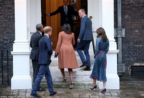 Prince George Meets Barack Obama In His Dressing Gown And Pyjamas New Doral Apartments Small Desk For Apartment Barn Kits The Quarry Columbus Ohio Westbrook Gary Indiana Union Square Buildings Studio With Balcony Johor Bahru