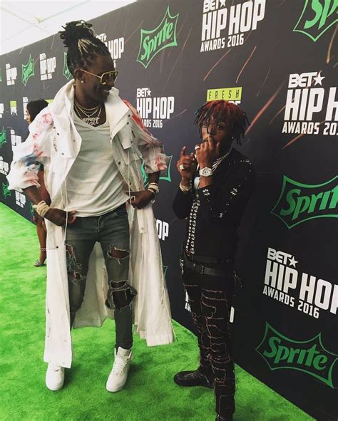 Thugger towering over lil uzi vert : HipHopImages