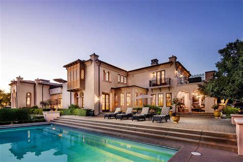 living  dream  real big  lies luxury homes