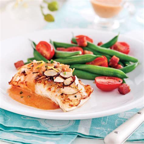 recette de cuisine poisson filets de poisson avec sauce rosée et amandes soupers de