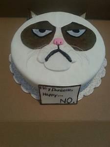 Grumpy cat cake by brooklynsfinestbaking | My cakes ...