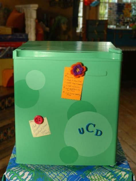 """Cool Cube"" Dorm Refrigerator   DIY"