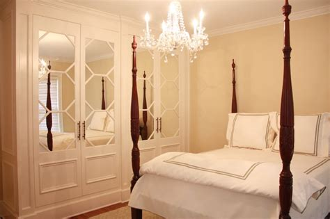 private residence  traditional bedroom  metro