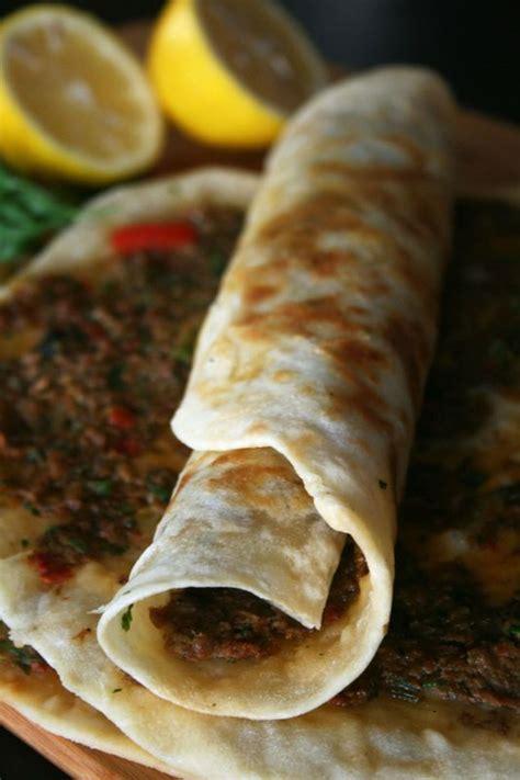 la cuisine turque lahmacun viande avec pâte la pizza turque culinaire by minouchka