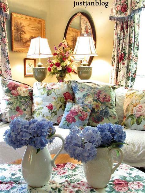 25  best English Cottage Decorating ideas on Pinterest