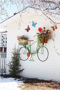 Ideas To Display Planters On An Outdoor Wall
