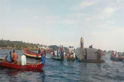Ferry Boat Lake Victoria by Ferry Sinks In Tanzania S Lake Victoria At Least 40 Dead