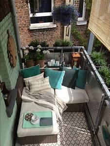 Salon Jardin Balcon : petit salon de jardin balcon id es de d coration int rieure french decor ~ Teatrodelosmanantiales.com Idées de Décoration