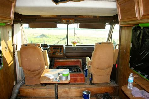 spray paint  interior   rv   pictures