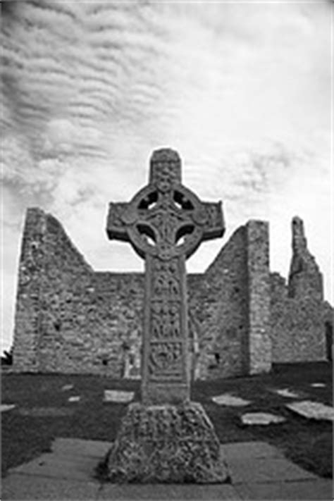 There are hundreds of examples while these crosses are associated with all celts, their origin is in gaelic ireland and they were. Celtic Cross Meaning