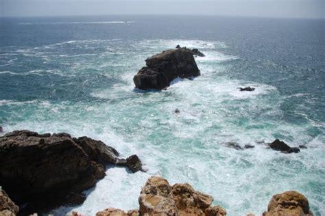 00198 Atlantische Oceaan nabij Pontal, Algarve, Portugal