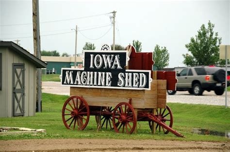 machine shed restaurant davenport 54 best machine shed s recipes images on