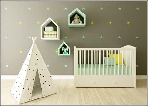 Kinderzimmer Gestalten Junge Dachschräge by Furchtbar Bilder Babyzimmer Dekoideen Ideen