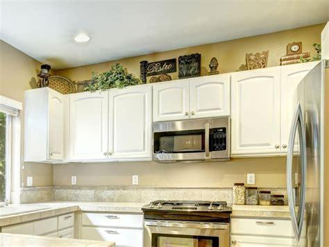 modern ideas  decorating  kitchen cabinets