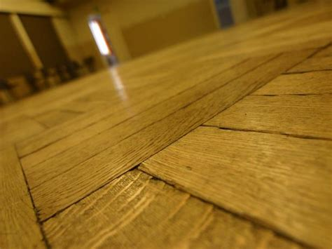 how to fix a squeaky floor hgtv
