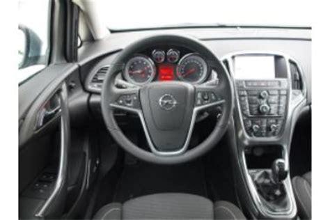 opel astra j sports tourer 1 4 turbo adac auto test opel astra sports tourer 1 4 turbo innovation