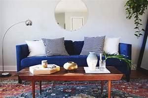 inspirations pour un canape en velours joli place With tapis enfant avec canapé bleu marine velours
