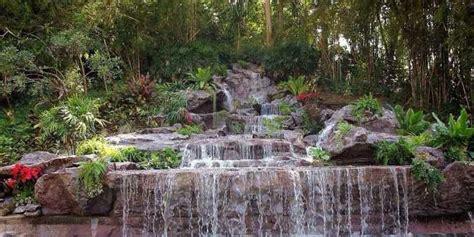 จัดสวน น้ำตกจำลอง