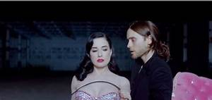 Dita Von Teese w teledysku 30 Seconds To Mars do Up In The ...