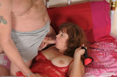 Mature amateur argentina Plays sex Games With Her Hubby In Red Lingerie