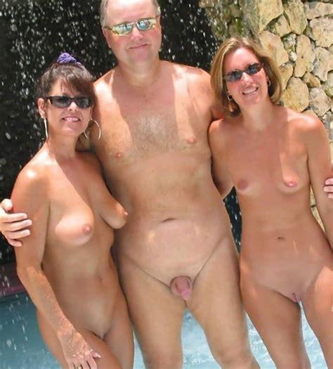 Family Nude Naked Xxx Pics Fun Hot Pic