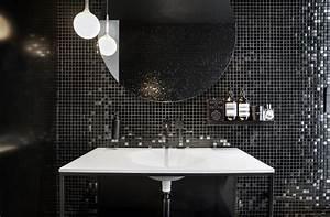 Mosaique noire salle de bain for Salle de bain mosaique noir