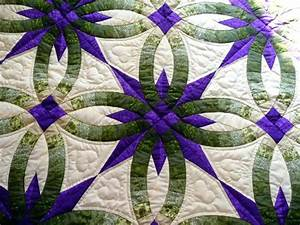 Double wedding ring quilts co nnectme for Handmade wedding ring quilts for sale