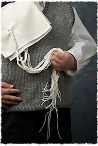 Weekly Calendar Online What Is Tzitzit And Tallit Mitzvahs Traditions