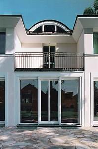 neubau einer klassischen villa mit zentraler halle cg With garten planen mit berlin hotelzimmer mit balkon