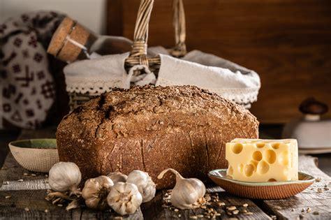 Siguldas maize - Fotogrāfs Oskars Briedis