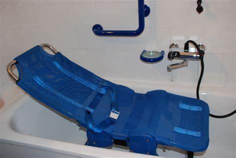 si e de bain élégant transat de bain pour handicapé adulte idées de