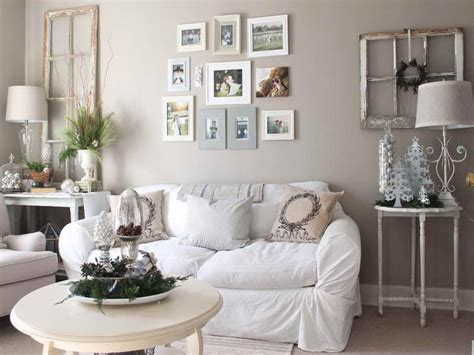 Large Wall Decor Ideas For Living Room With White Fabric