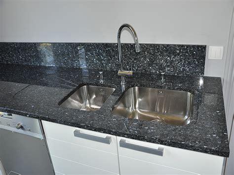 plan de travail cuisine quartz prix intérieur granit plan de travail en granit labrador bleu