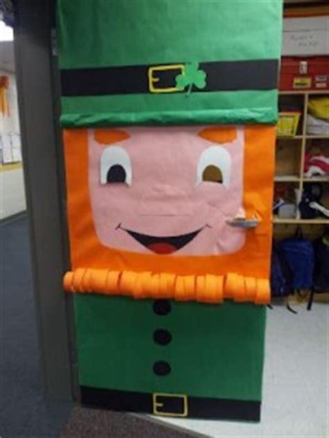 st patricks day door decoration idea crafts