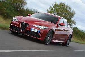 Alfa Romeo Giulia Quadrifoglio Occasion : alfa romeo giulia quadrifoglio 2016 review pictures auto express ~ Gottalentnigeria.com Avis de Voitures