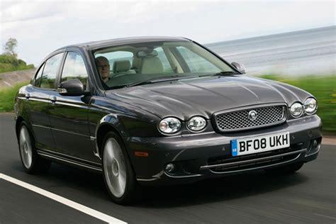 Jaguar X-type Saloon Review (2001