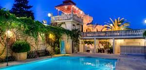 Olive Farmhouse Malta Wedding Venue