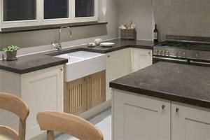 Arbeitsplatte Küche Stein : k chenarbeitsplatten granitarbeitsplatten granit marmor stein naturstein schiefer k chen ~ Markanthonyermac.com Haus und Dekorationen