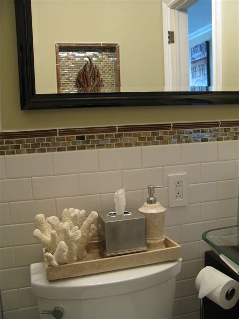 Amazing Of Perfect Small Bathroom Decorating Ideas For Cu