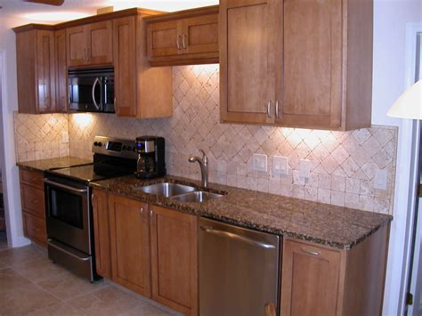quartz countertops with maple cabinets kitchen maple cabinets quartz countertops quartz