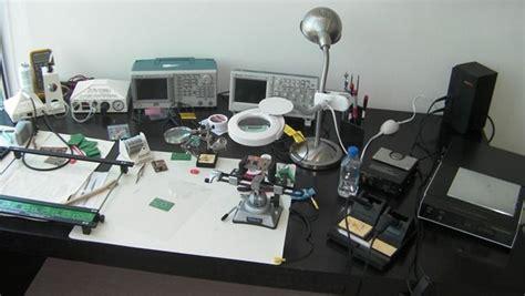 minimalist solder station mobile workshop home