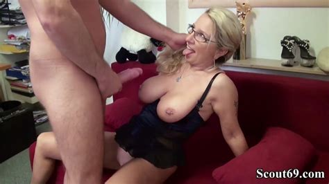 German Milf Seduce His New Worker To Fuck On Work Porn 07 De