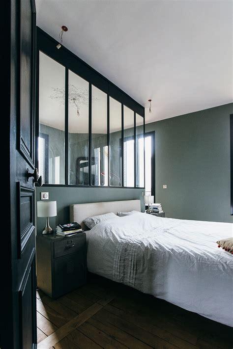 chambre mur gris verriere atelier dans une chambre mur gris parquet brut