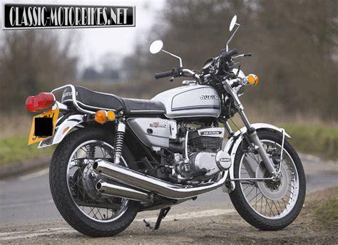 Suzuki Gt380 by Suzuki Gt380 Road Test Classic Motorbikes