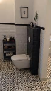 badezimmer mit naturstein wohnideen mit zementfliesen roomido