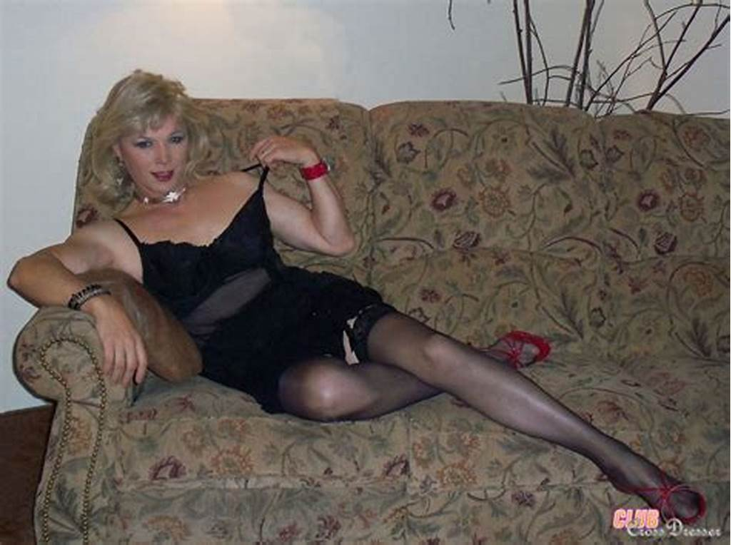 #Crossdressers #In #Gorgeous #Outfits #Showing #Their #Hard #Cocks