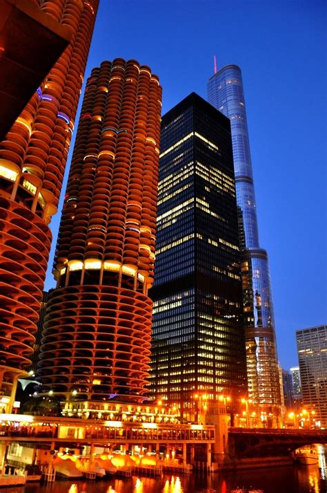 It's night in Chicago...USA