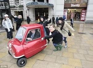 Les Plus Petites Voitures Du Marché : la plus petite voiture du monde au mus e ~ Maxctalentgroup.com Avis de Voitures