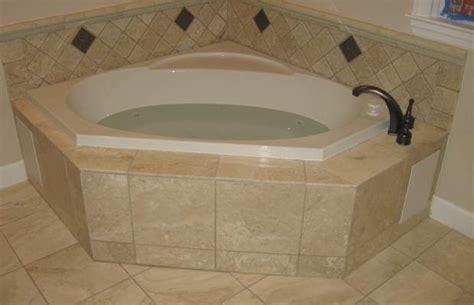 Corner Baths For Small Bathrooms by Corner Baths For Small Bathrooms Corner Tub Ideas