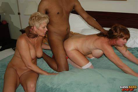 Interracial Three On Swinger After A Safari